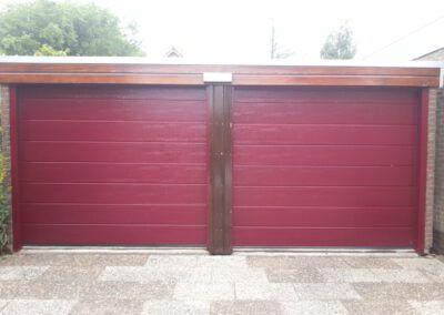 2 garagedeuren Wormer